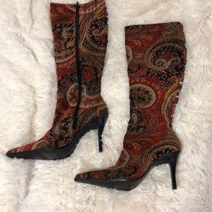 BEAUTIFUL paisley cloth boots